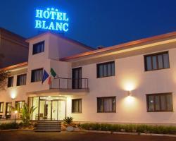 勃朗科酒店