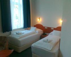 Margit Hotel