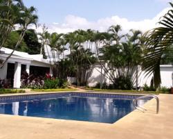 Villa Casuarinas