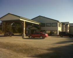 Zellar's Village Inn