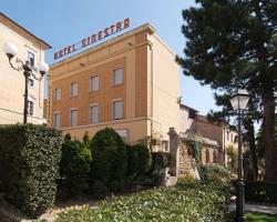 拉吉内斯特拉酒店