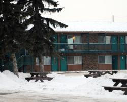 Lodge Motor Inn