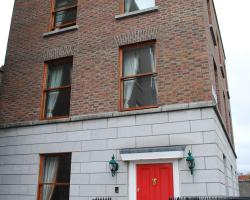 Leeson Apartments