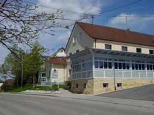 Landgasthaus zum Kreuz