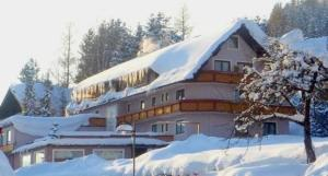 Hotel Pension Sonnenuhr