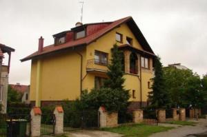 Dom Wroclawski Zagrodnicza (Wroc?aw)