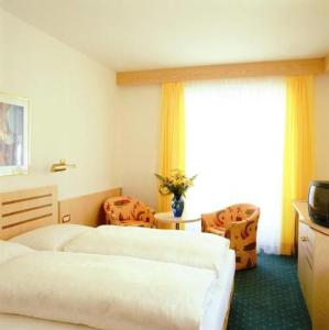 Hotel Mondschein Lana
