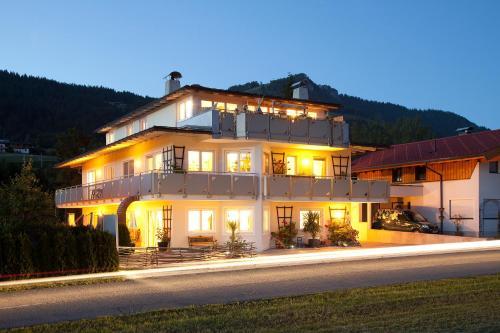 Booking - Appartementhaus Charisma