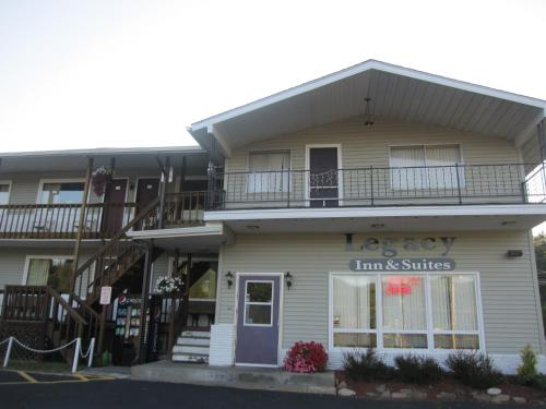 Booking - Hotel Legacy Inn & Suites of Lake George