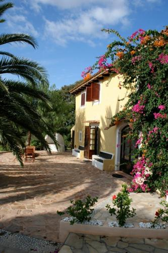 Booking - Finca C´an Bota