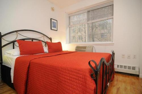 Booking - Hotel New York East Village Suites E