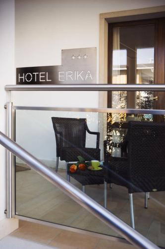 Booking - Hotel Erika