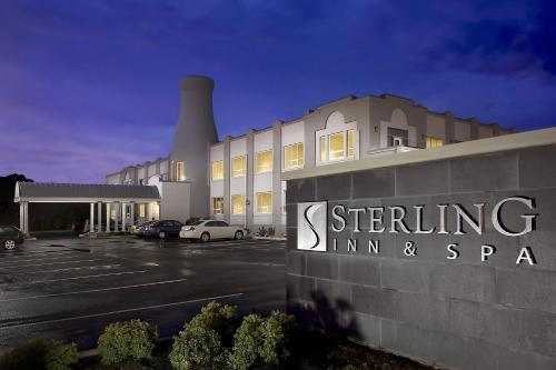 Booking - Hotel Sterling Inn & Spa
