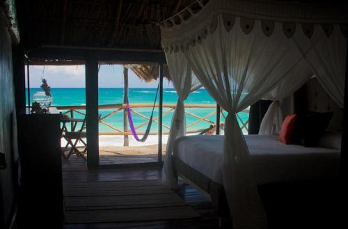 Booking - Hotel Luv Tulum