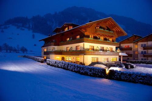 Booking - Naturaktivhotel Viehhauser