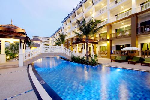 Booking - Hotel Kata Sea Breeze