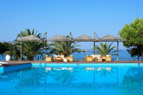 Booking - Hotel Kamari Beach