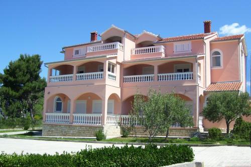 Booking - Rooms & Apartments Zadar Vukesin