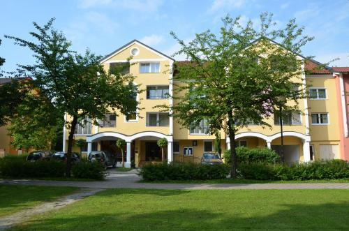 Booking - Aparthotel Christine