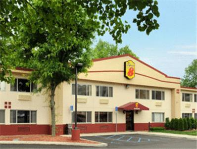 Booking - Hotel Super 8 Poughkeepsie