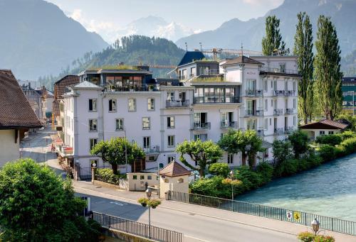 Booking - Hotel Alplodge