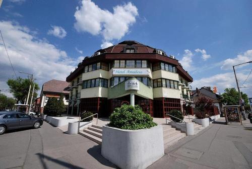 Booking - Hotel Amadeus