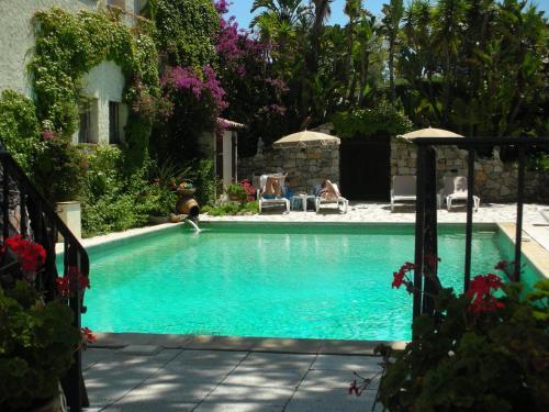 Booking - Hotel Castel Garoupe