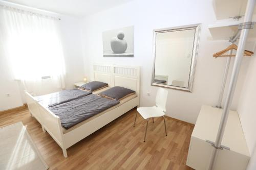Booking - Apartments Thommen