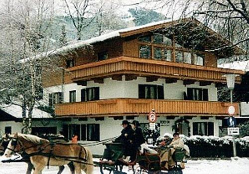 Booking - Pension Alpenrose