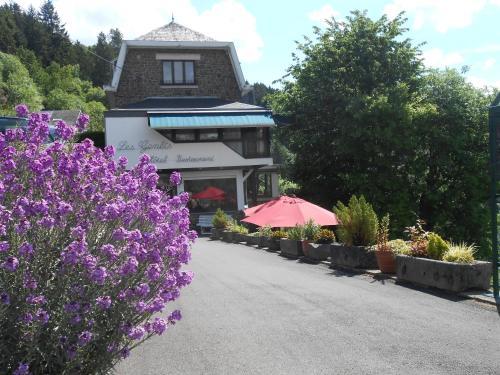 Booking - Hotel les Genêts