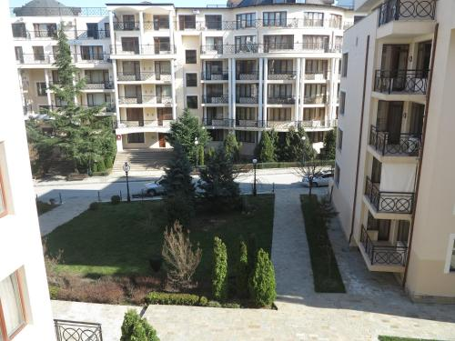 Booking - Apartment Iglika