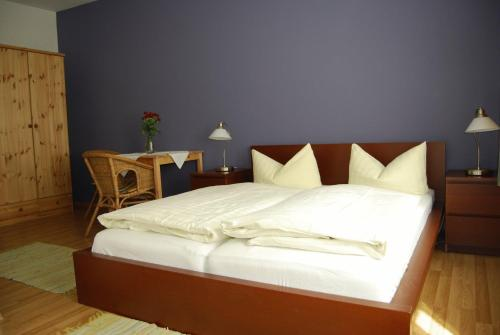 Booking - Hotel Pension am Hauptbahnhof