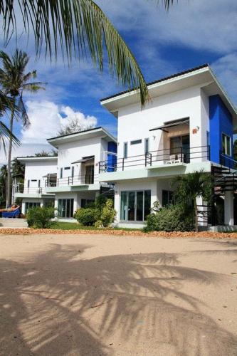 Booking - Villas Awe Resort