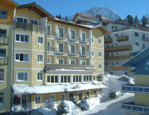 Booking - Hotel Solaria