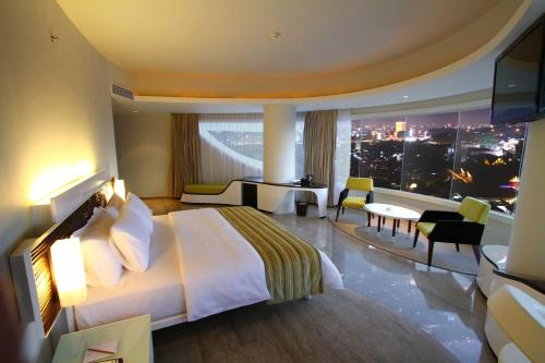 Booking - Sensa Hotel