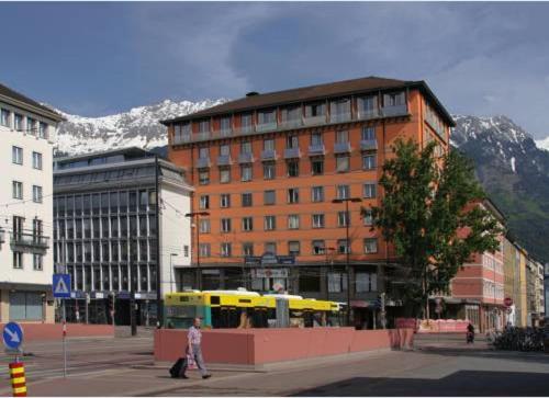 Booking - Boardinghouse Südtirolerplatz