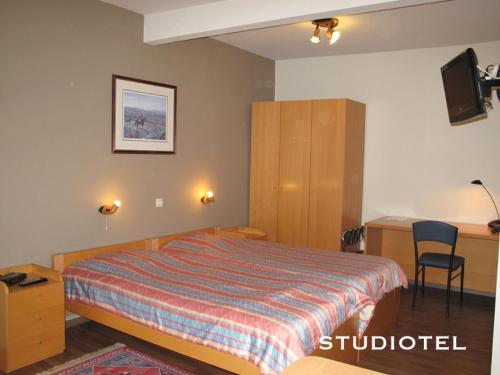 Booking - Studiotel Belfort