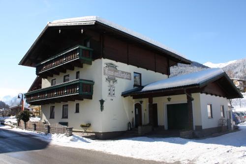Booking - Pension Haus am Dorfplatz