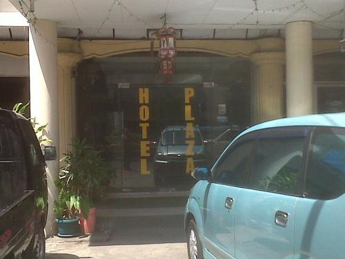 Booking - Manado Plaza Hotel