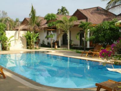 Booking - Hotel Cousin Resort