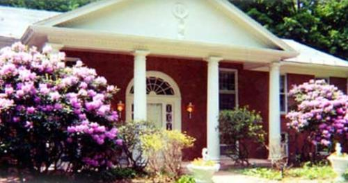 Booking - Bed &amp; Breakfast Enchanted Manor of Woodstock 