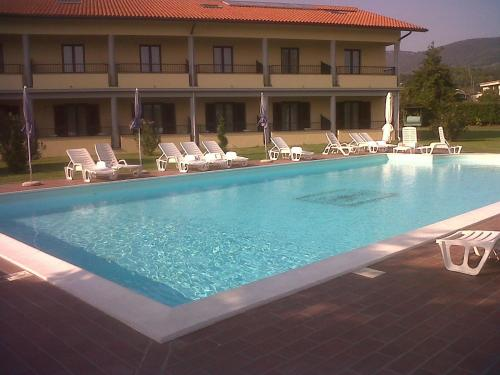 Booking - Hotel Eden sul Lago