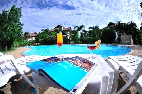 Booking - Teak Garden Resort