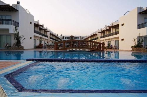 Booking - Hotel Panda Resort