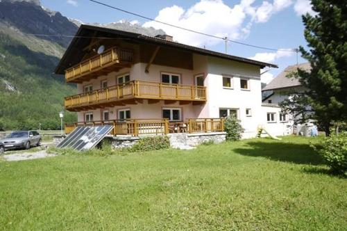 Booking - Ferienhaus Gurschi