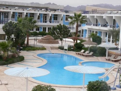 Booking - Hotel Regency & Lodge