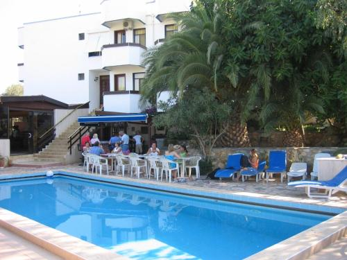 Booking - Hotel Orkinos