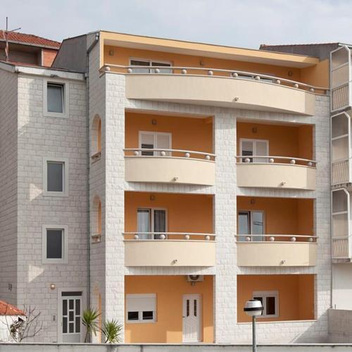 Booking - Apartments Villa Vujcic