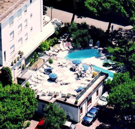 Booking - Hotel Manzoni